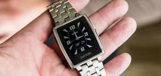 pebble steel in hand