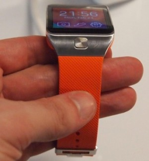 Samsung Gear 2 - side button and strap